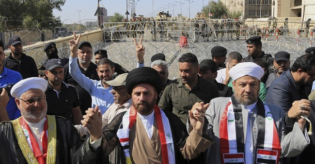Shiite cleric takes lead role in Iraq's protest movement