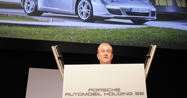 Court acquits ex-Porsche executives over VW bid
