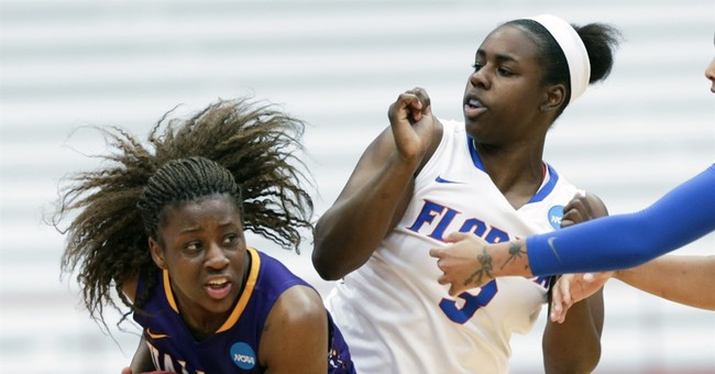 Albany-Florida game ends with the wrong score after mistake