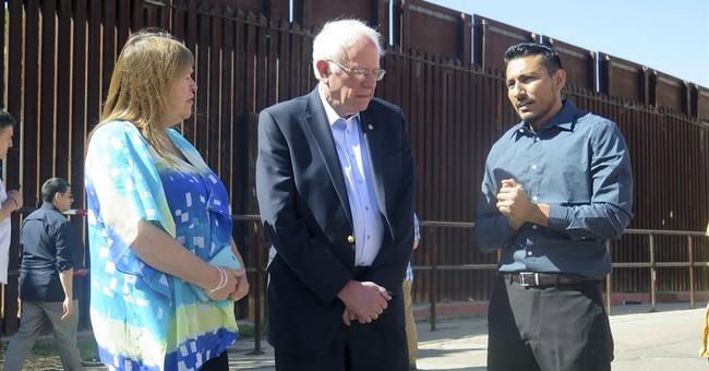 Sanders visits US-Mexico border, talks immigration reform