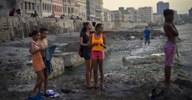 US warns of Zika risk in Cuba ahead of Obama's trip