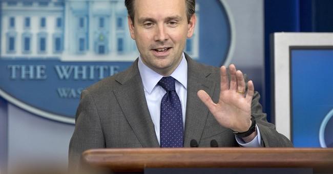 White House defends holiday-season deportation raids