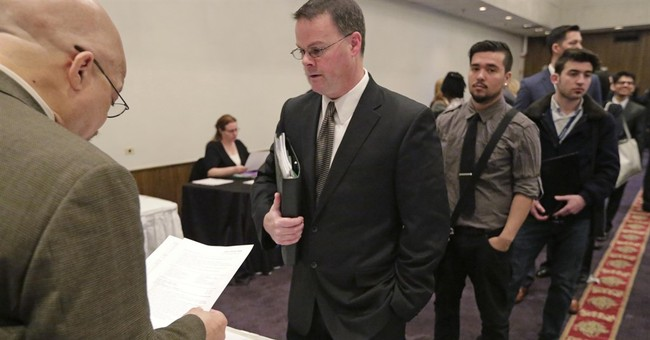 US employers hire at robust pace, defying global trends