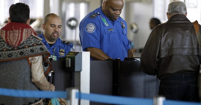 Old driver's license? You can still fly for 2 more years