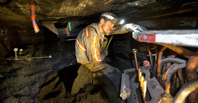 US coal production falls to lowest level in nearly 30 years