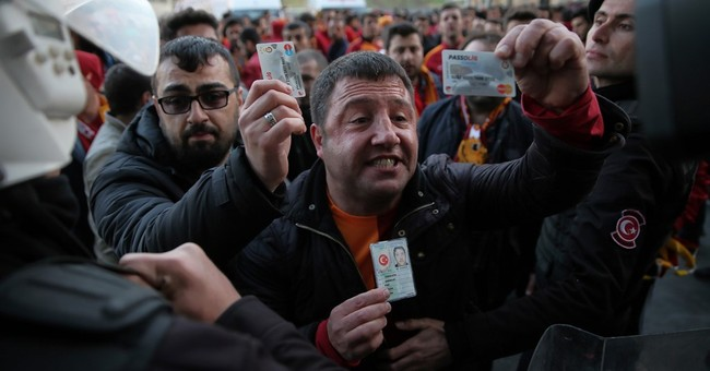 Istanbul soccer match called off over unspecified threat