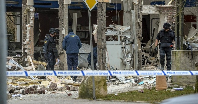 Thieves in Sweden appear to blow up building for ATM cash