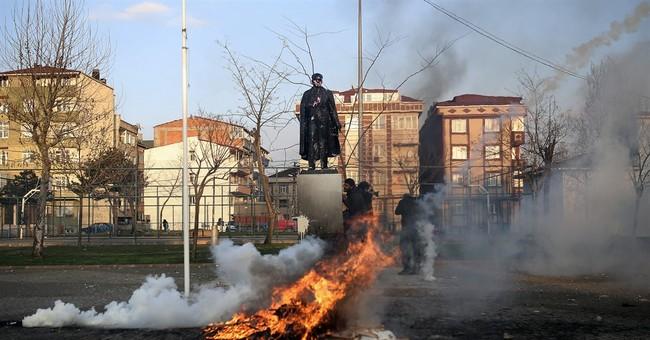 Thousands in Diyarbakir celebrate Newroz amid tight security