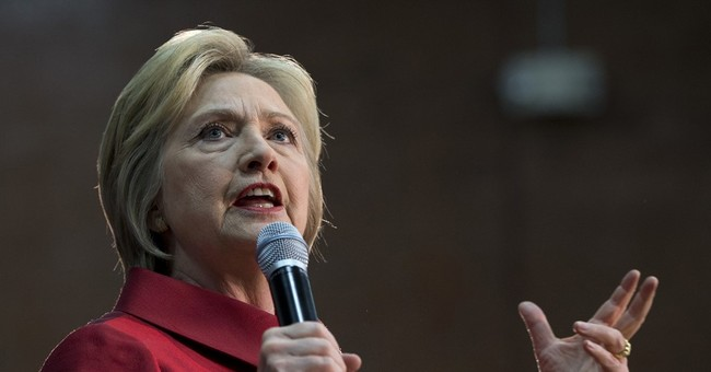 Clinton, Trump trade wins with rivals in Western states
