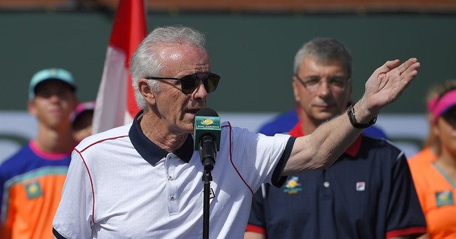 Tennis tourney director quits after criticizing women pros