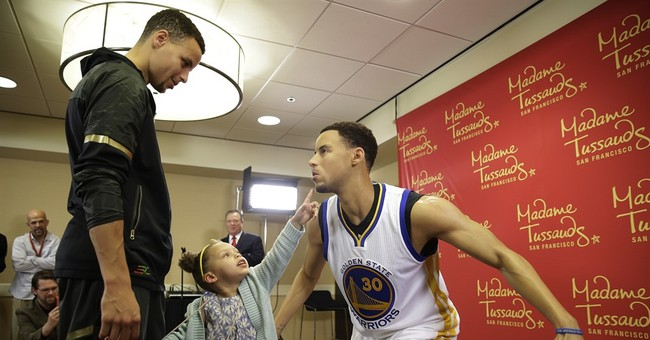 Stephen Curry wax figure unveiled by Madame Tussauds
