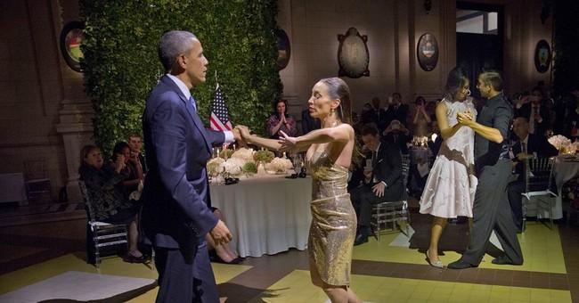 Obama dances tango in Argentina, comes under criticism
