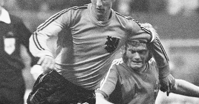 Johan Cruyff: Football fluidity personified
