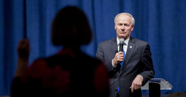 'Obamacare' foe tries to save expanded Medicaid in Arkansas