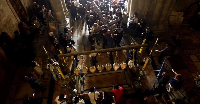 Thousands trace Jesus' footsteps on Good Friday in Jerusalem