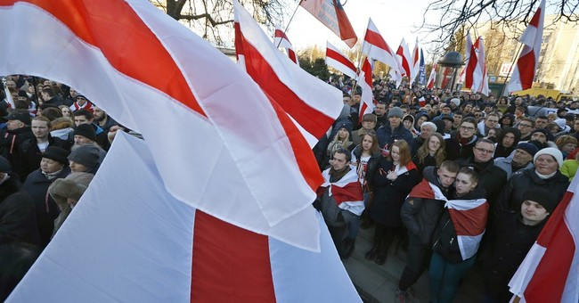 1,000 opposition supporters march in Belarus capital
