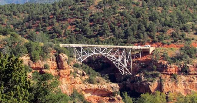 Arizona bridge becomes focus of suicide prevention campaign