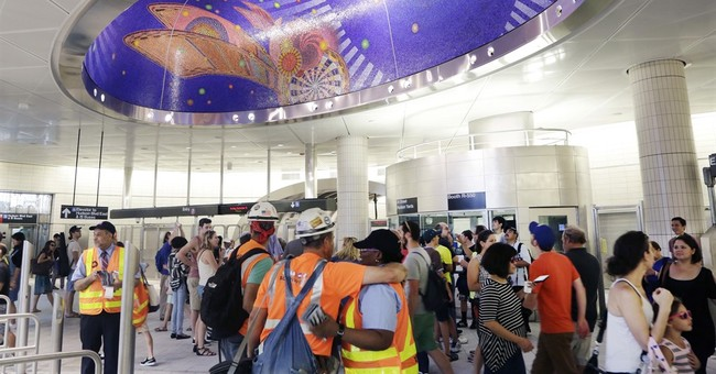 Water leaks frustrate in NYC's splashy new train stations