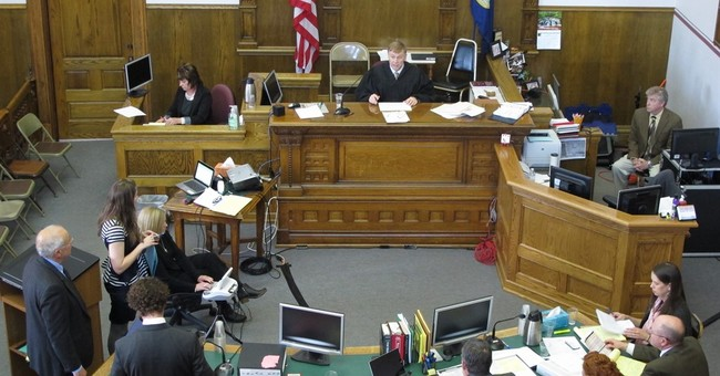 Jury to decide whether lawmaker took illegal contr