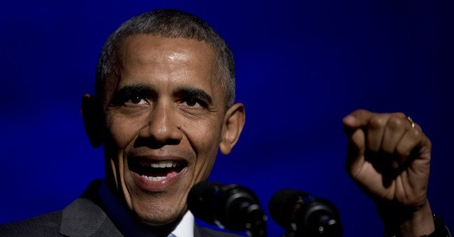 Obama calls on journalists to hold candidates accountable
