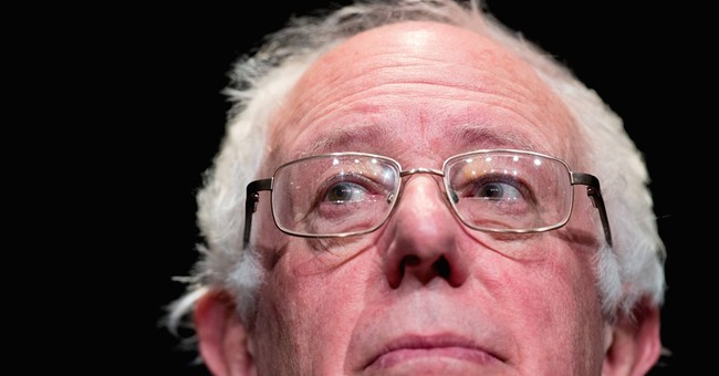 Sanders, O'Malley criticize immigration raids at Iowa forum