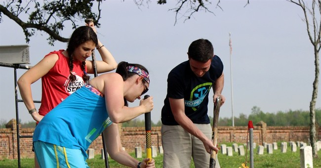 Army of volunteers helps restore historic Civil War cemetery
