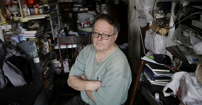 Extreme hoarding: NYC team tackles both mess and the mind