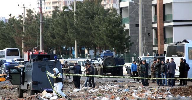 Turkish officials: Bomb in Diyarbakir kills 7 policemen