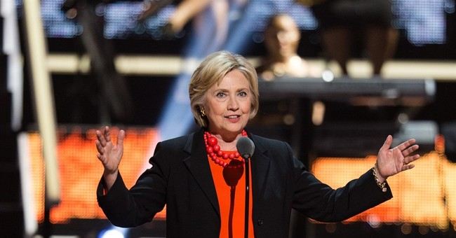 Clinton makes surprise appearance at 'Black Girls Rock'