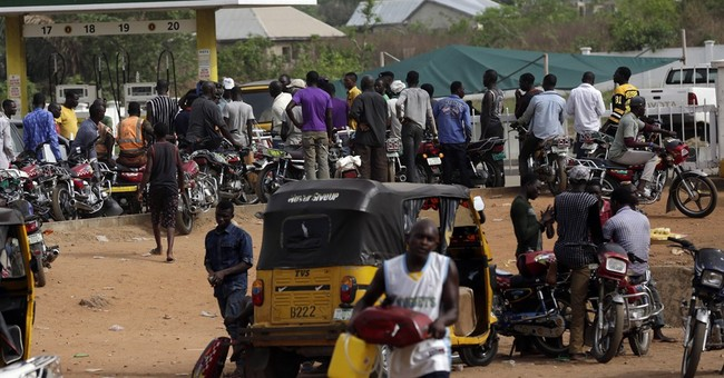 Nigeria apologizes for fuel woes as frustration mounts