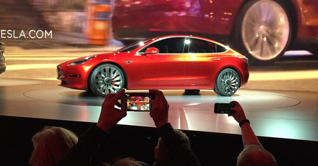 Orders for lower-price Tesla continue to climb