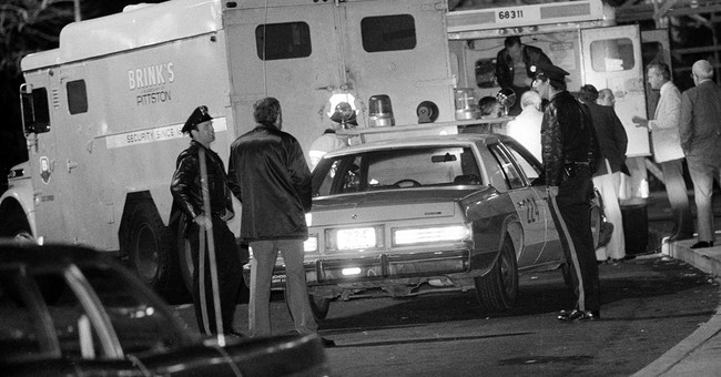 Tupac's stepfather up for parole in killings, Brinks heist