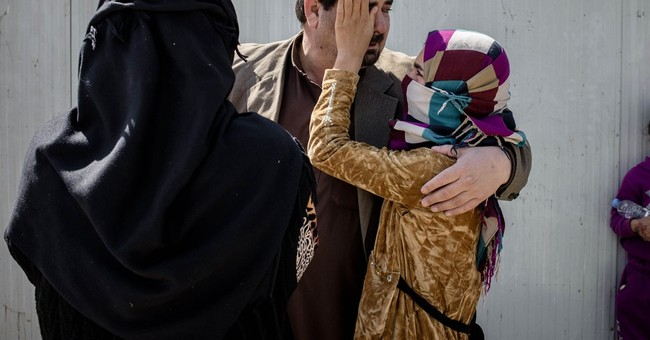 In Iraq war, hundreds more displaced by Islamic State group