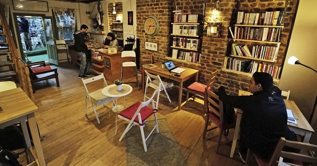 In Istanbul, an Arabic bookstore anchors Syrian refugees