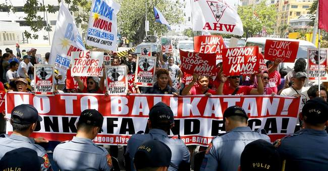 US, Australian and Philippine forces start combat drills