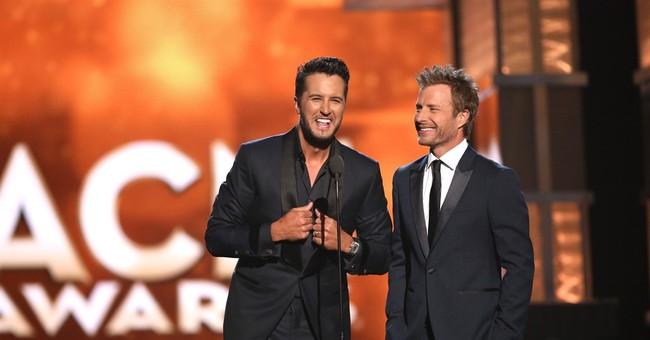 Chris Stapleton, Jason Aldean, Lambert shine at ACM Awards