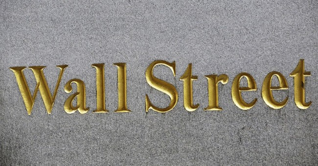 US stocks edge mostly lower in early trading