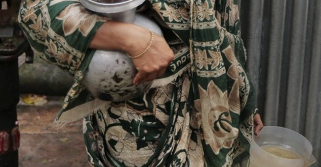 Bangladesh failing to spare millions from arsenic poisoning