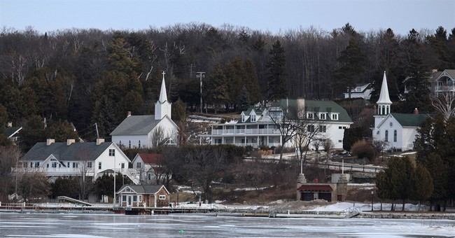 Wisconsin village ends longstanding ban on alcohol sales