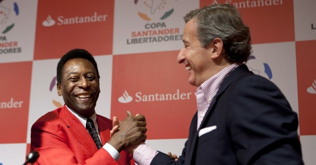 FIFA ethics judge Damiani resigns while under suspicion