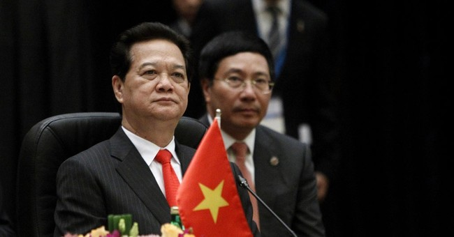 Vietnam's prime minister steps down after 10 years in office