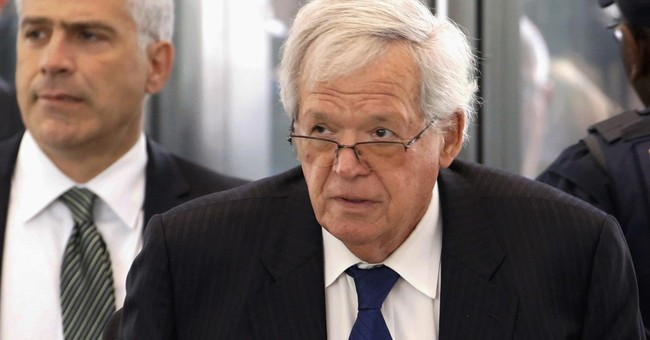 Small town turns on Hastert as details of allegations emerge