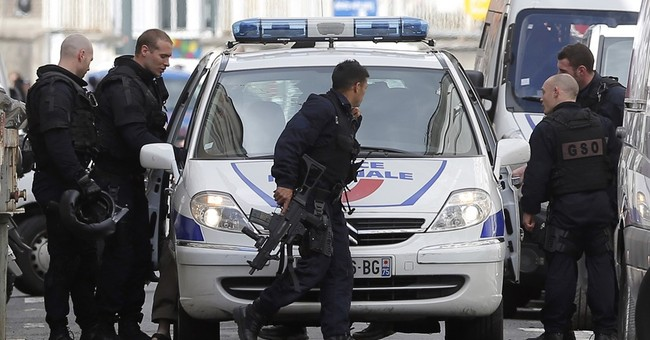 Suspected gunman arrested after shots fired in Paris