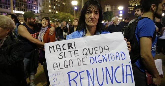 Argentine prosecutor wants president probed in Panama leaks
