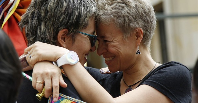 Colombia high court paves way for gay marriage rights