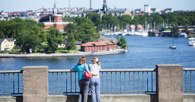 Swedes invite world to call 'random' citizens on new hotline