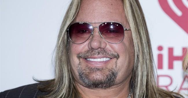 Motley Crue's Vince Neil accused of battery in Las Vegas