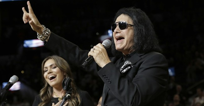 Gene Simmons Delivers a Surprising, Yet Powerful Message at the Pentagon