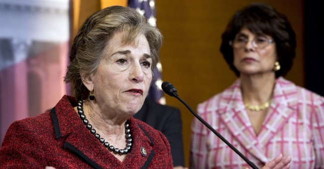 Congresswoman to Introduce Bill to Prevent Another United Passenger Dragging Incident