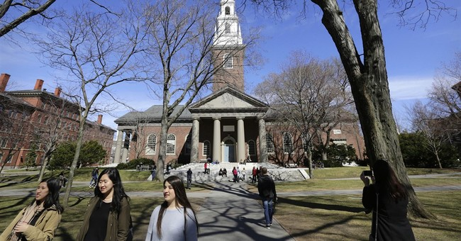 ICYMI: Hillary Supporters Viewed As Traitors By Sanders-Supporting Peers At Harvard